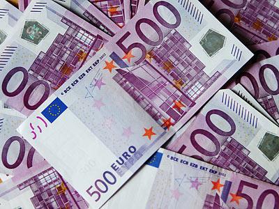 Зарплаты тренеров сборных - участниц Евро-2012