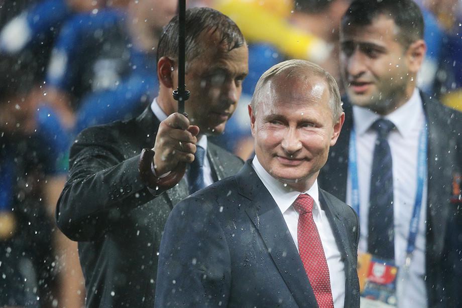 Фото РИА Новости Путин думаю позволим фанатам с Fan ID въезжать в Россию без визы до конца года 15 июл