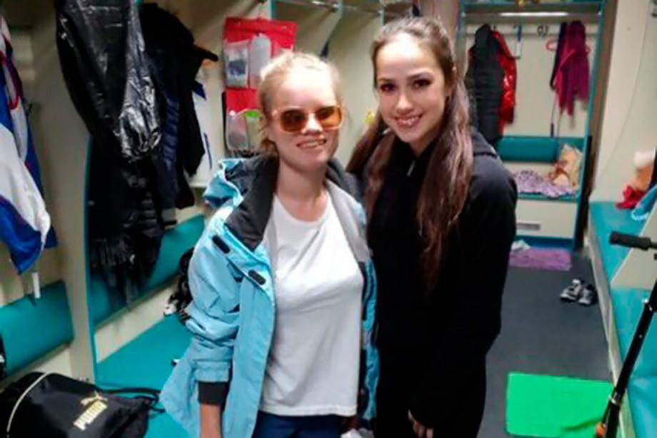 Мечты сбываются: Загитова провела тренировку сослепой девочкой