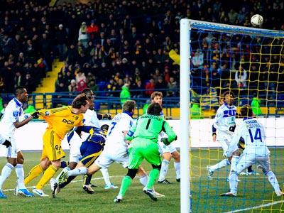 В 12-м туре сыграют «Динамо» и «Металлист»
