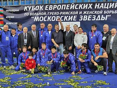 Сборная России по вольной борьбе на награждении