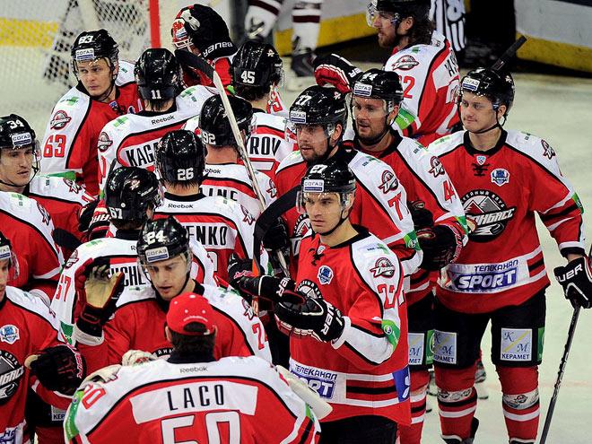 Что делать с хоккеистами «Донбасса»?