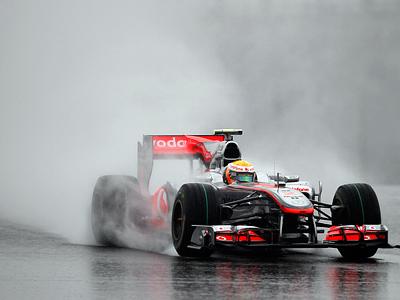 Экклстоун: Формуле-1 нужны медали и дождь