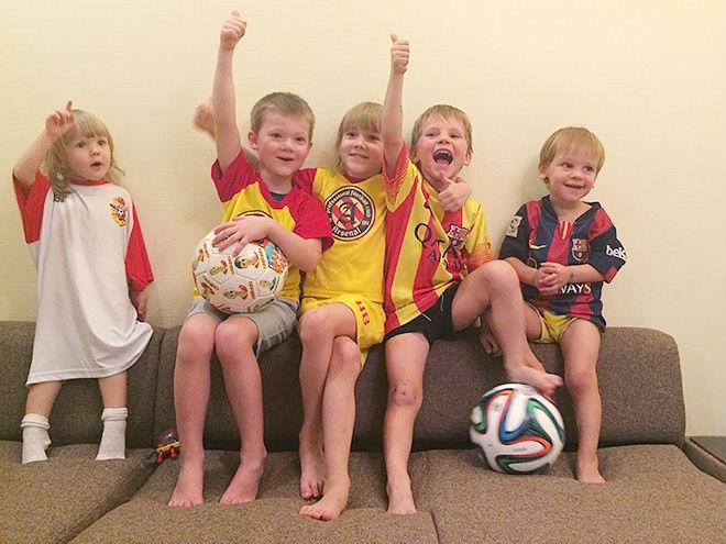 Как дружат семьи футболистов тульской команды