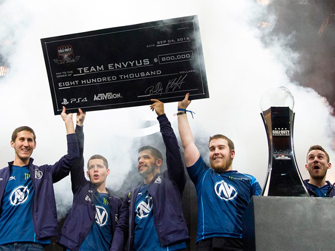 Team EnVyUs одолела на Call of Duty World League Championship