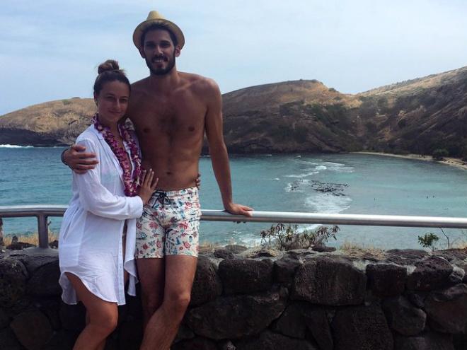 Супруга Райана Келли на 38-й неделе беременности
