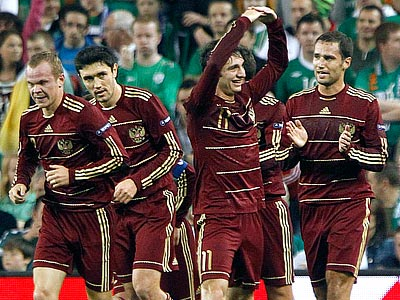 Бушманов: позитивно смотрю на матч с Македонией