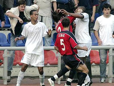 Самые известные драки и стычки футболистов последнего десятилетия