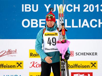 Логинов выиграл спринт на юниорском ЧМ
