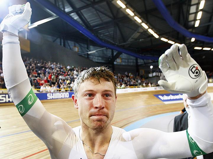 Путин предоставил гражданствоРФ австралийскому велогонщику Перкинсу