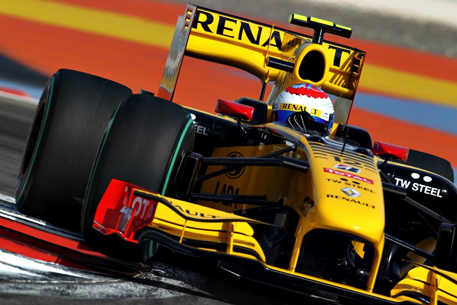 Виталий Петров на Гран-при Бахрейна 2010