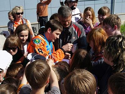 Александр Попов привёз чемпионский кубок в Ангарск