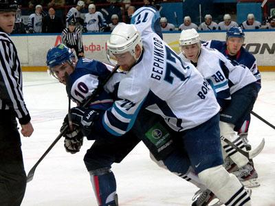 «Южный Урал» победил в 11-й домашней игре подряд
