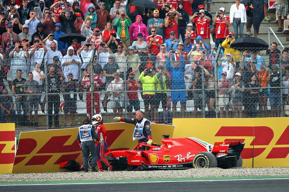 Феттель разбил машину — и Хэмилтон выиграл с 14-го места!
