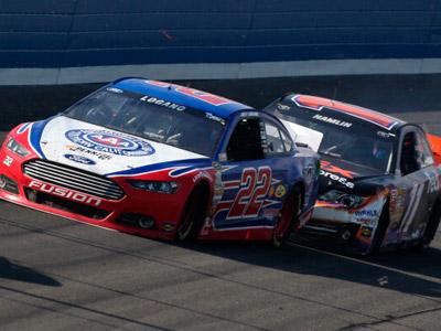 Конфликт пилотов NASCAR привел к травме