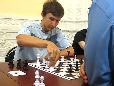 Непобедимый Карякин