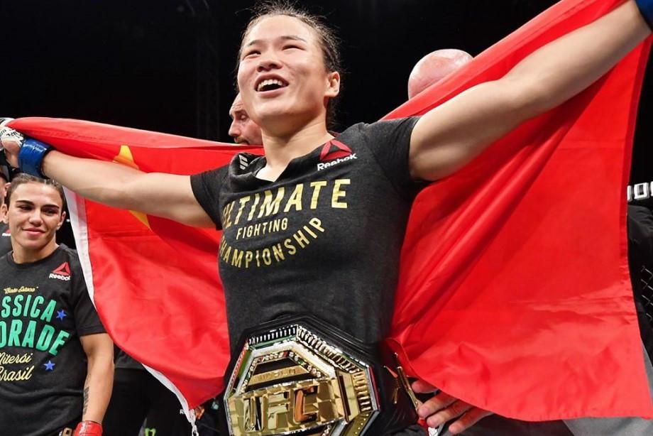 Чжан Вейли нокаутировала Джессику Андраде и стала чемпионкой UFC