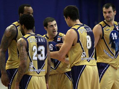 В составе команды – игроки финалистов плей-офф