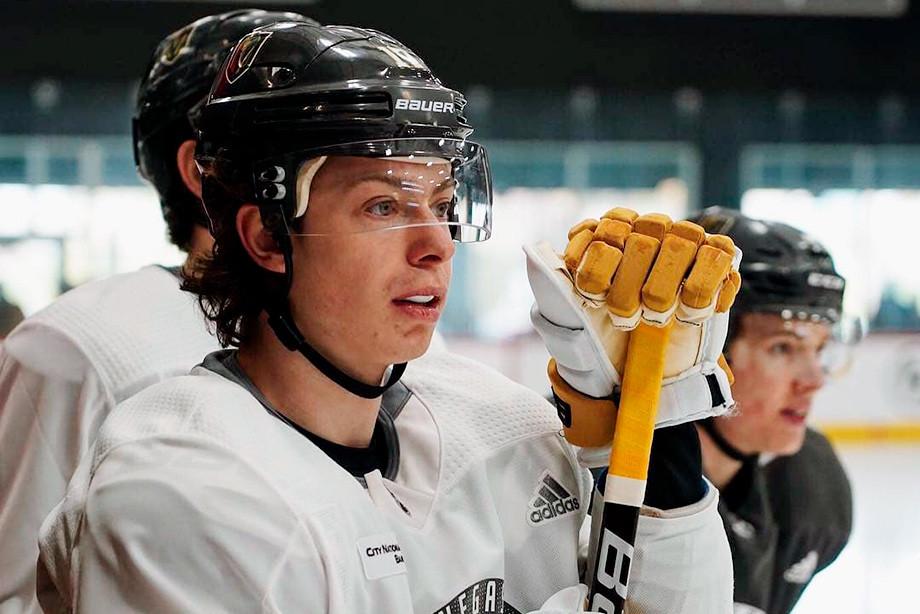 В какой клуб НХЛ «Вегас» обменяет Никиту Гусева