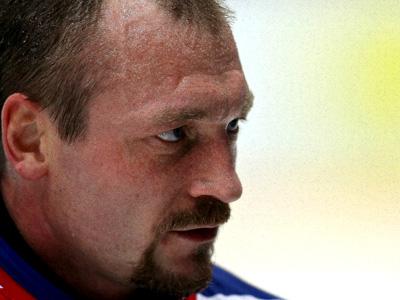 Голкипер «Нефтехимика» Максим Соколов ответил на вопросы болельщиков