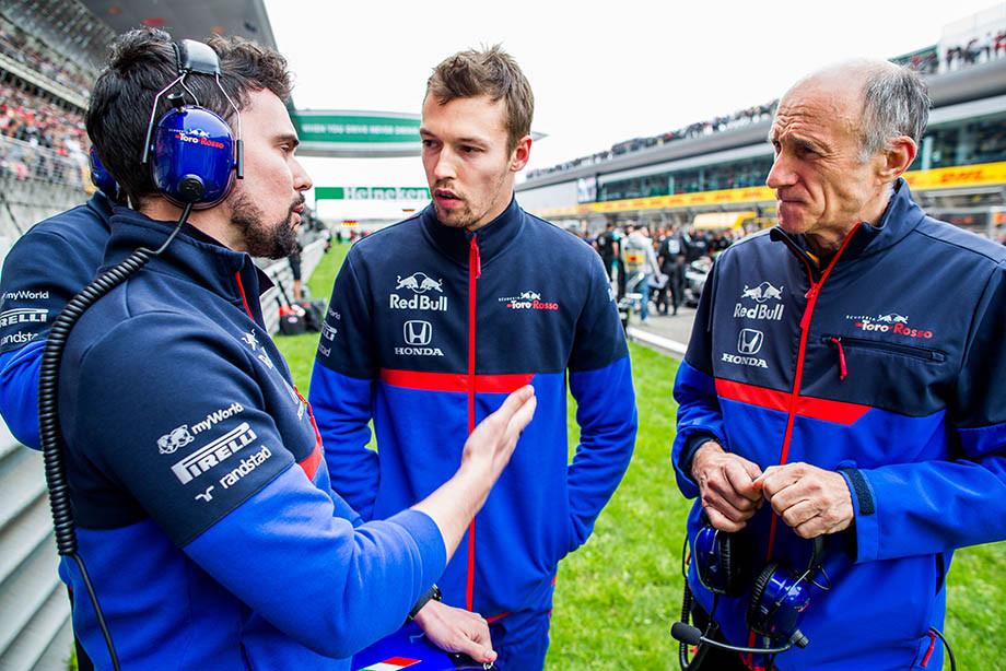 «Возвращение торпеды в Формулу-1». Испанцы критикуют Квята, британцы жалеют