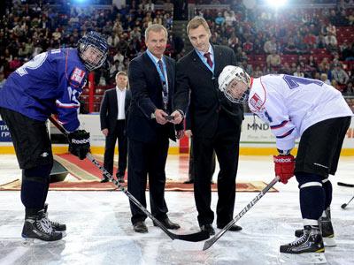 В Челябинске состоялось открытие драфта юниоров - 2012