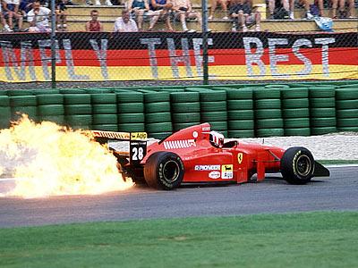 Горячие моменты гонок: пожары в Формуле-1