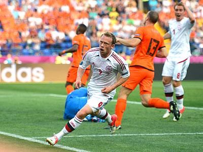 Сборная Нидерландов уступила Дании в стартовом матче группы B