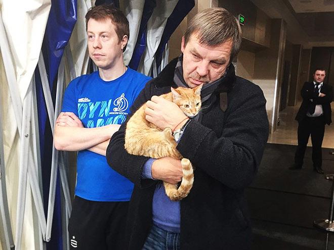 Олег Знарок и кошка Машка