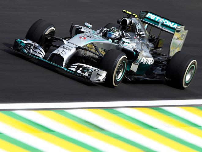 Росберг быстрее Льюиса в дебюте Гран-при Бразилии