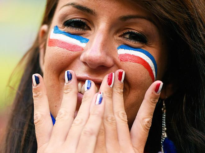 Российские звёзды продолжают ставить на футбол