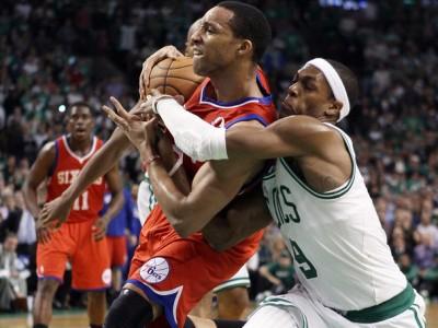 """""""Бостон"""" и """"Лейкерс"""" уступили в матчах плей-офф НБА"""