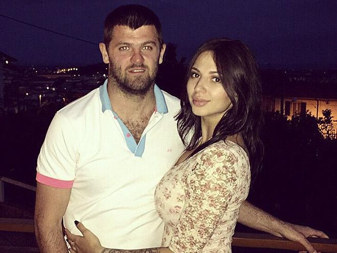 Александр Радулов женился на Дарье Дмитриевой