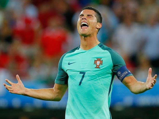 Португалия — Уэльс — 2:0. Криштиану Роналду