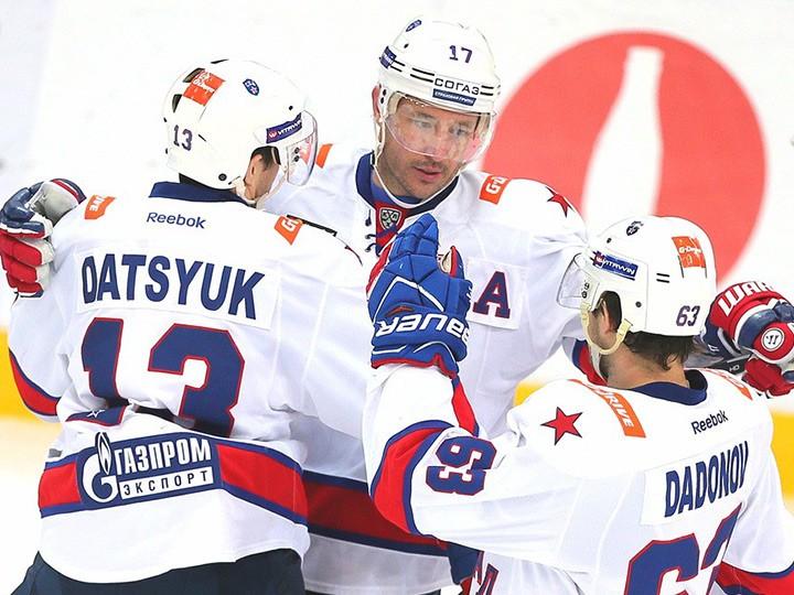 Павел Дацюк, Илья Ковальчук, Евгений Дадонов, СКА