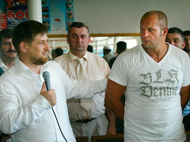 Эксперты высказали мнения о ситуации вокруг конфликта Емельяненко — Кадыров