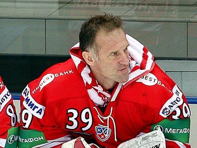 Гашек: если продолжу карьеру, останусь в КХЛ