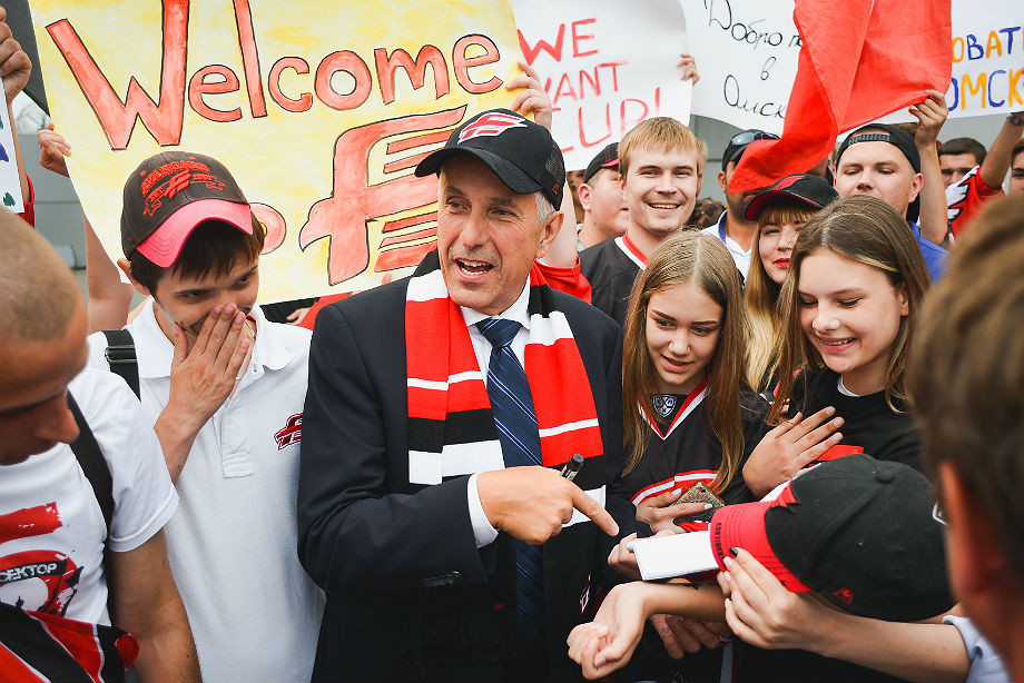 В Омске хотят сделать лучший клуб КХЛ. И рассказали всё о новом «Авангарде»