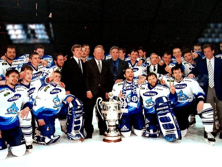 «Динамо»-2000
