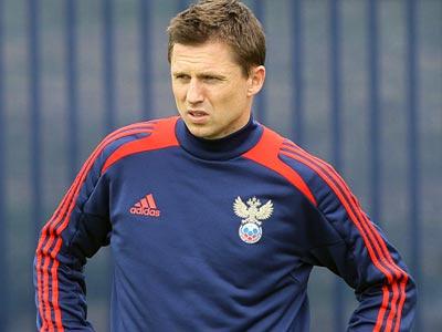 Игорь Семшов на тренировке сборной