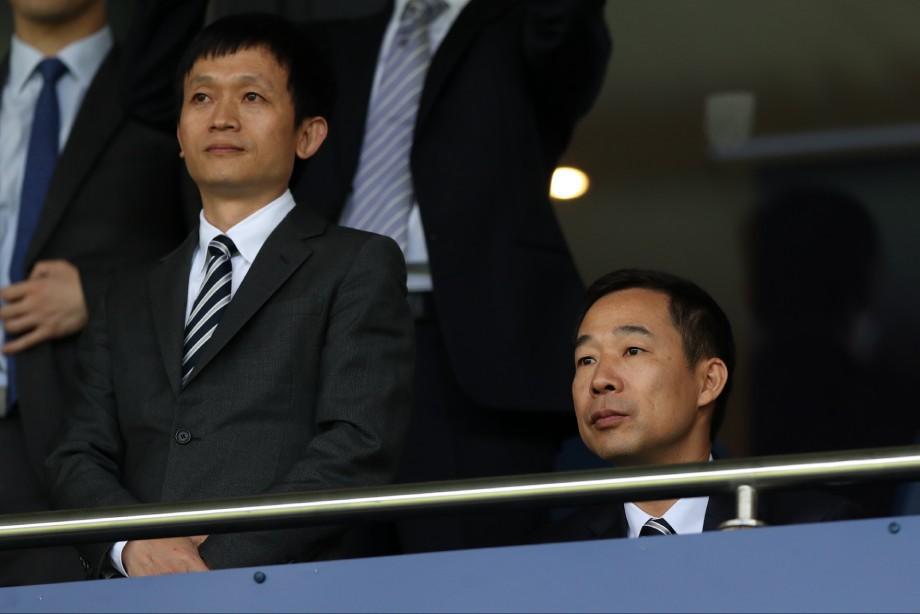 У клуба английской Премьер-лиги нет денег. Как это может быть?