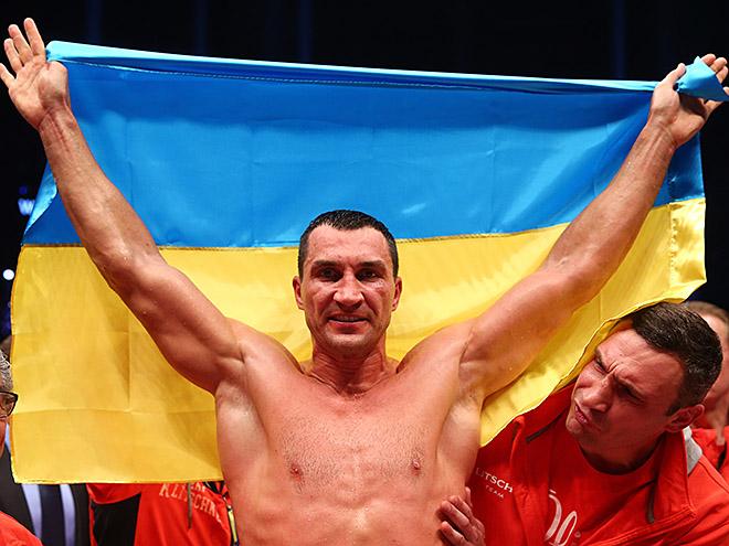 Владимиру Кличко исполнилось 39 лет