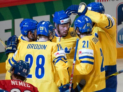 Сборная Швеции одержала вторую победу на чемпионате мира