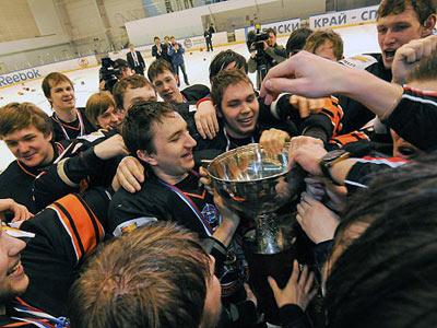 Дебютный сезон первенства МХЛ подошёл к концу