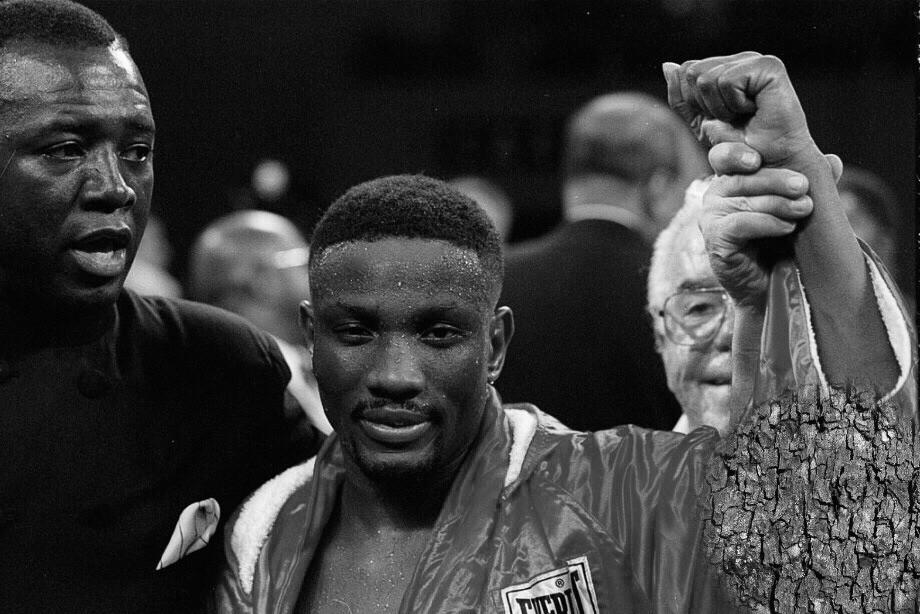 Абсолютного чемпиона мира по боксу Пернелла Уитакера насмерть сбила машина