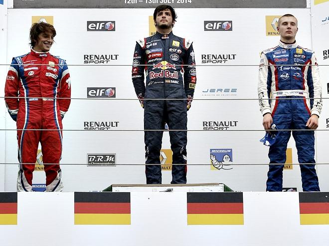 Оценки гонщикам за первую гонку WSR в Германии