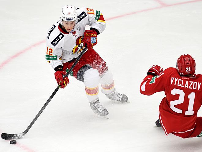 Кто стал открытием сезона в КХЛ?