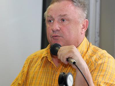 Ткаченко: пока от занятий никого не освобождали