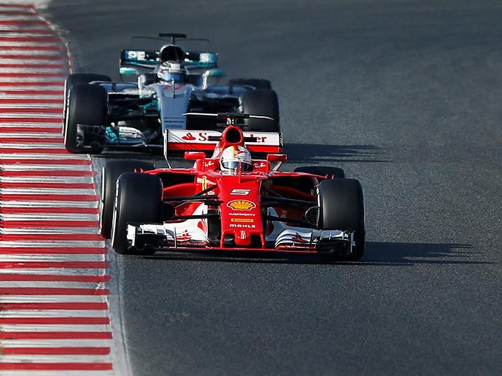 Гран-при Бахрейна Формулы-1: Феттель на первом месте в тренировках