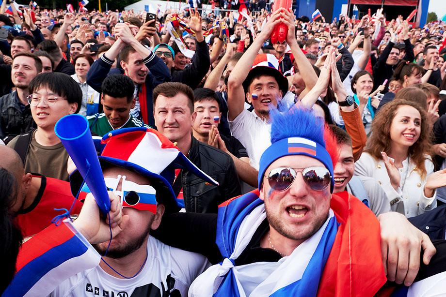 Чемпионат мира-2022 пройдет в России или в Катаре